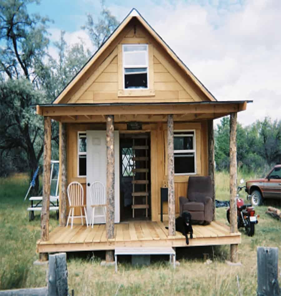 off grid solar cabin