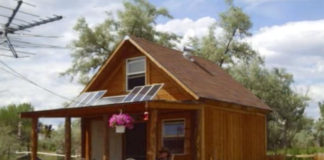 Solar powered off grid cabin