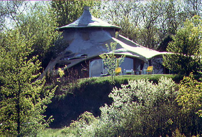 Ensculptic House13
