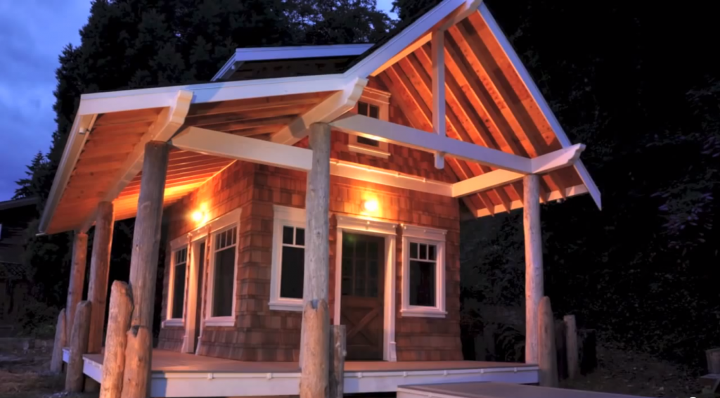 Building An Eco-Friendly Tiny House/Cabin
