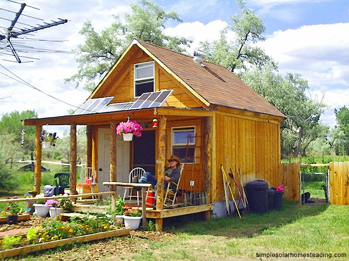 5 amazing tiny houses log cabins under 10k for Amazing small houses