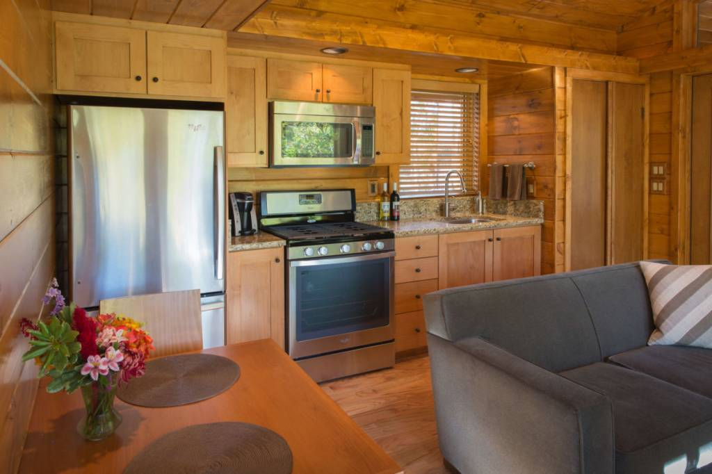 100k 400sqft Tiny Cabin Is It Worth The Price Off