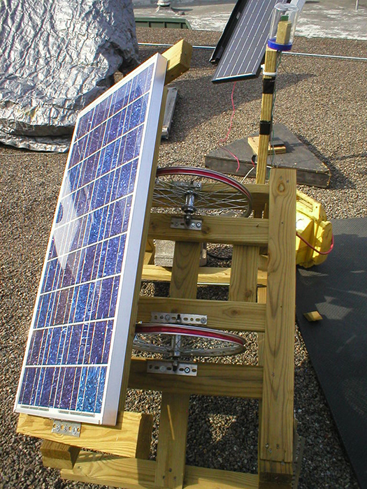 Diy Solar Inexpensive Homemade Sun Tracker Maximizes Solar
