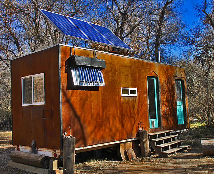 Amazing off grid tiny house has no mortgage or utility bills for Amazing small homes