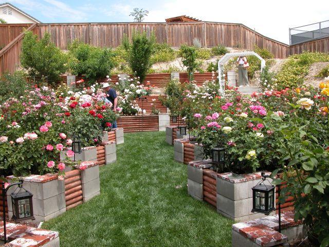 12 Amazing Cinder Block Raised Garden Beds