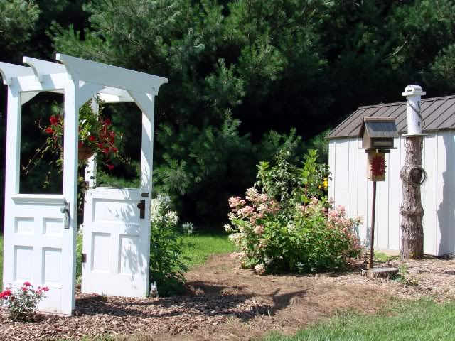 11 gorgeous garden arbors made from old doors off grid world - The garden web forum ...