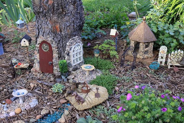 Gnome Garden: 10 Beautifully Enchanting Fairy Gardens