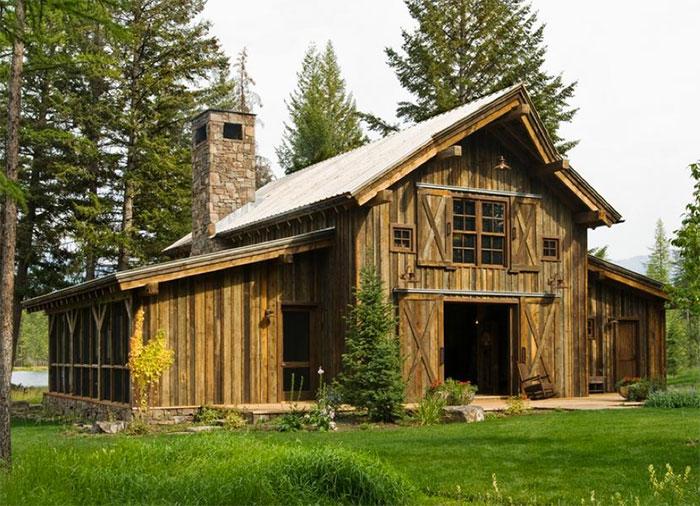 Barn-style cabin