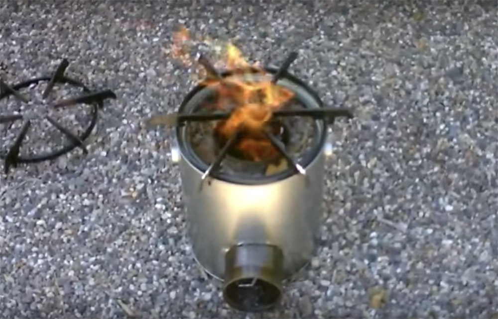 tin can rocket stove