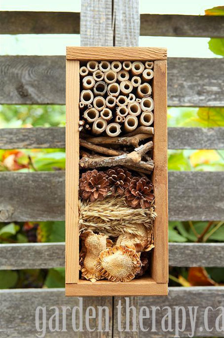 Small DIY bee hotel