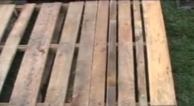 Turning a pallet into a compost bin