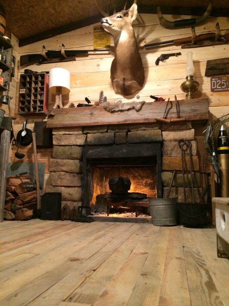 Man Caves Casting : Amazing rustic cabin man cave built in basement for