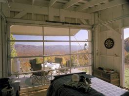 off grid retreat tiny house