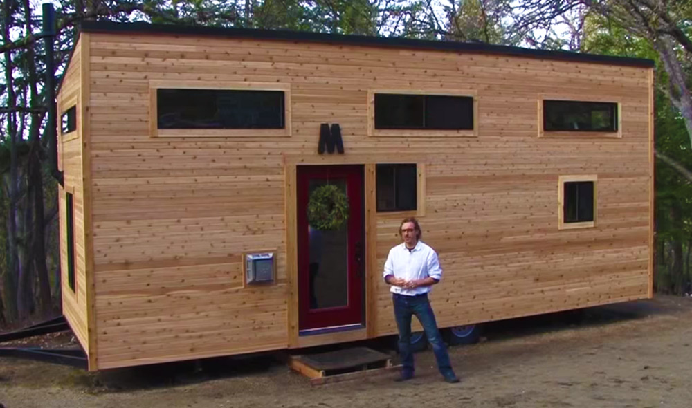 Couple Built This Cute Modern Tiny House On Wheels