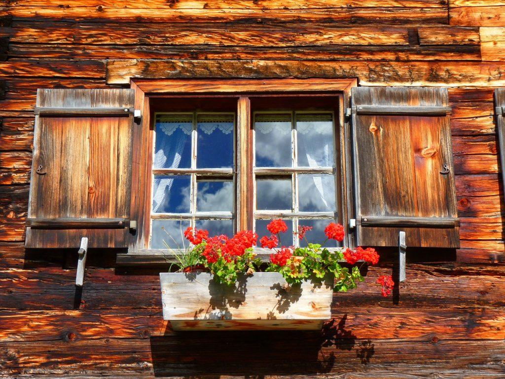 window-63249_1280