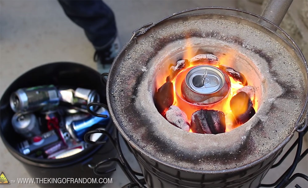 Melting Aluminum Cans With $20 Homemade