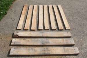 pallet-furniture-lumber