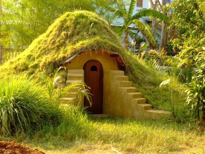 Earthbag dome