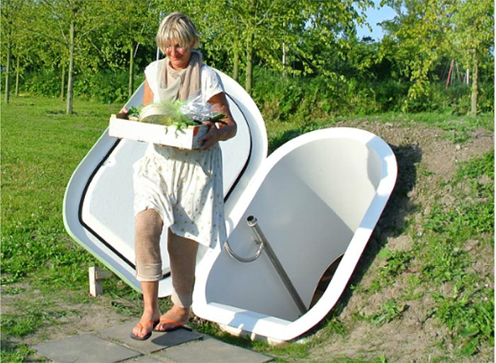 Electricity Free Groundfridge Lets You Store Produce
