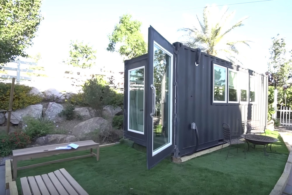 Luxury container home