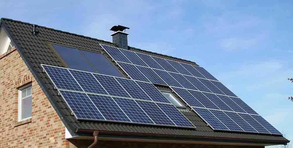 Solar panels for off grid living