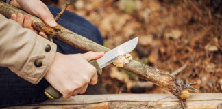 Uses for as survival knife