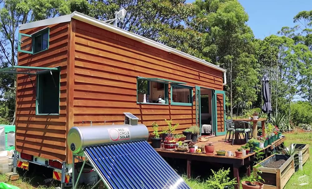 Tiny house with everything off grid