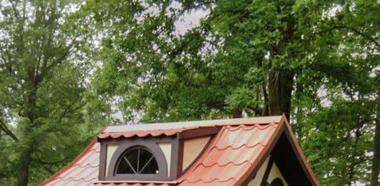 Tudor micro cottage