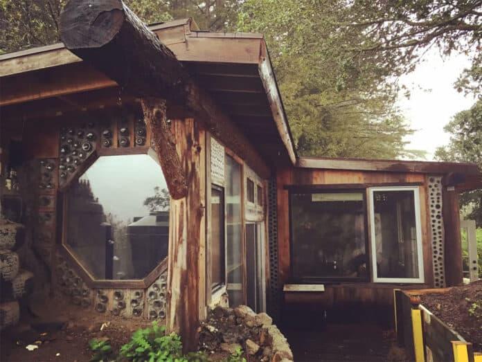 Earthship house