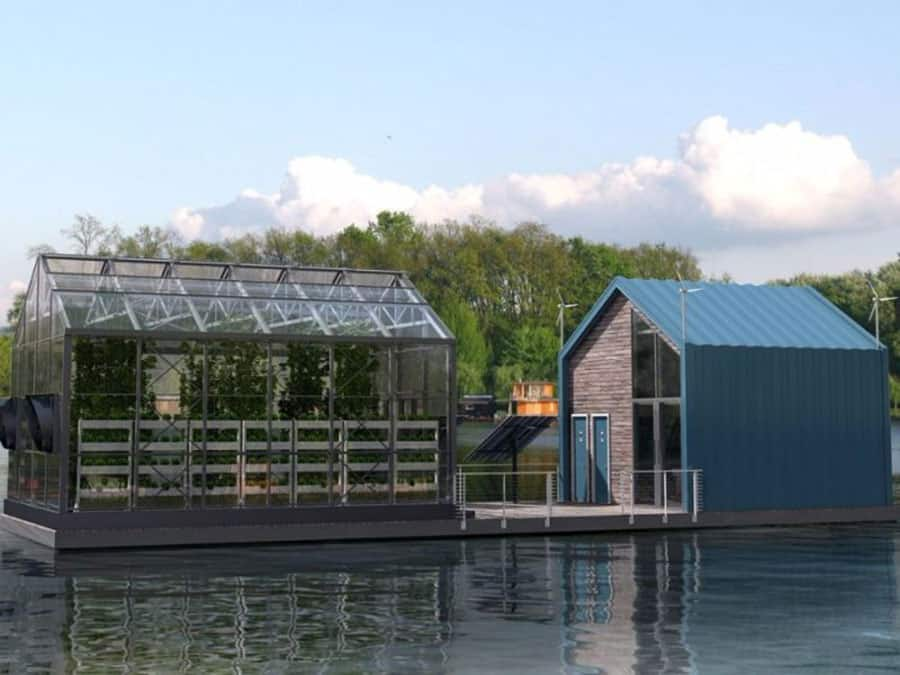 Floating Greenhouse Grows Organic Food With Clean Energy