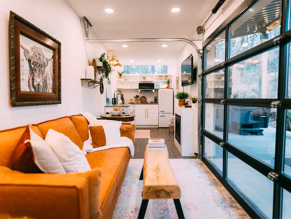 Inside the Lilypad container home